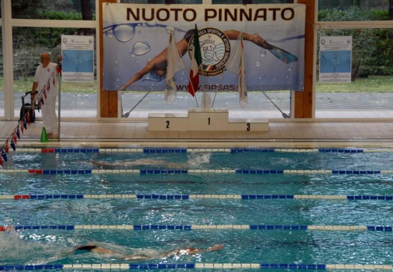 italiani_categoria_nuoto_pinnato_2013_lignano